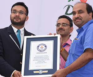 Dabur enters Guinness Record Book with largest Panchkarma session
