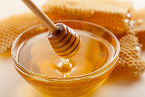 Benefits of Honey for Health, Hair & Skin